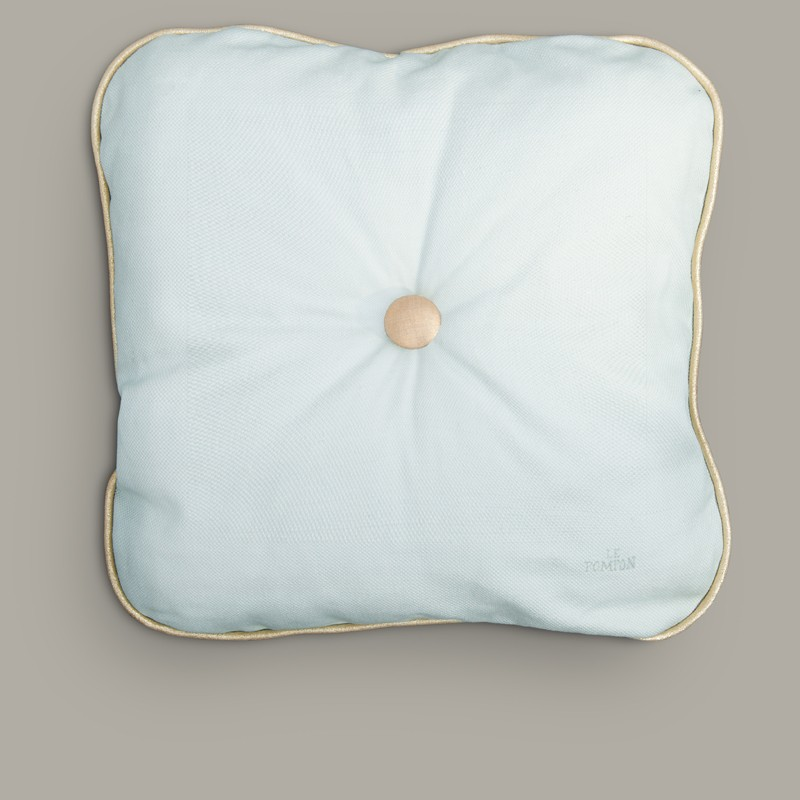 coussin fabriqu en france cannage le pompon. Black Bedroom Furniture Sets. Home Design Ideas