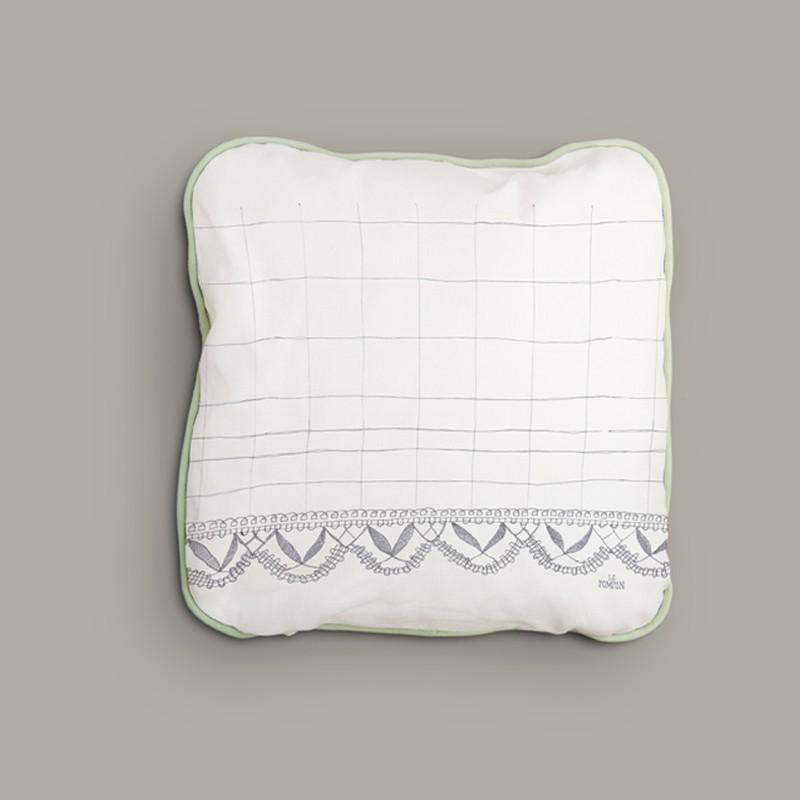 Square cushion Aux Fuseaux