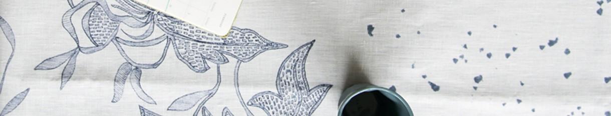 Chemin de table en tissu  Le Pompon   Fabriqué en France